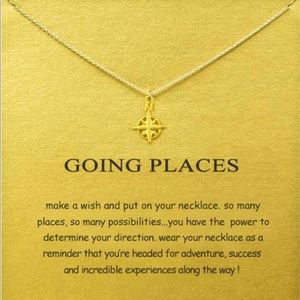 Jewelry - Gold Compass Short Chain Pendant Necklace